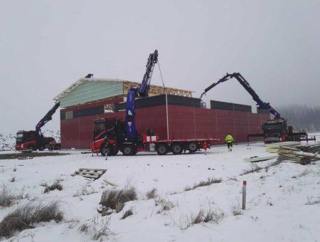 Nosturiautot maatalouden rakennustyöt
